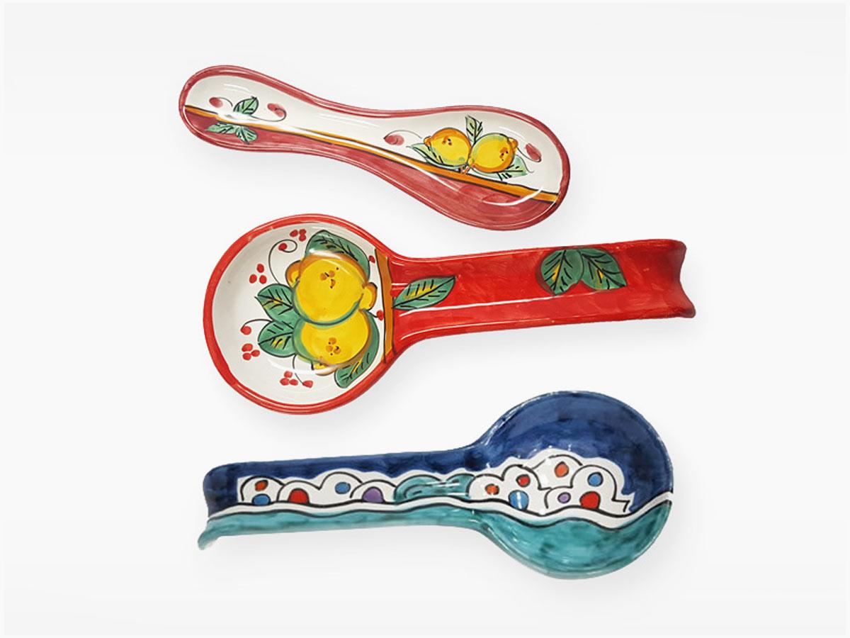 Poggiamestolo – L'Arte in Ceramica Vietrese